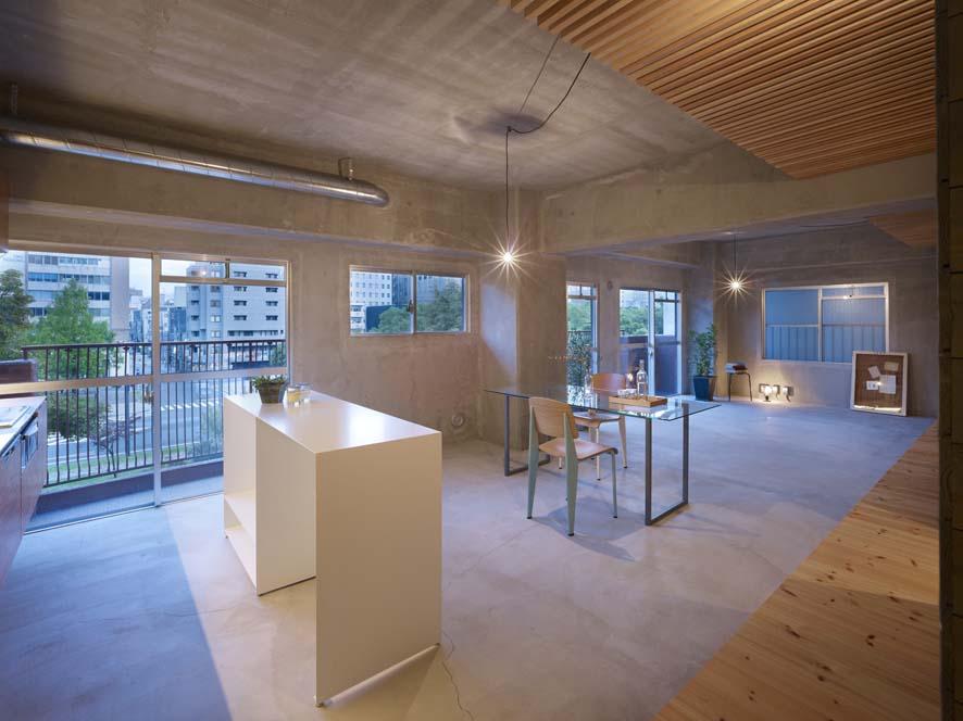 gallery21-11-thumb-886x886-163.jpg